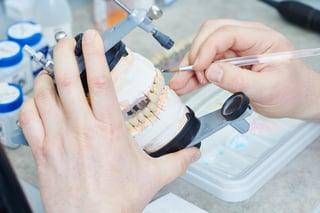 prosthodontist .jpg